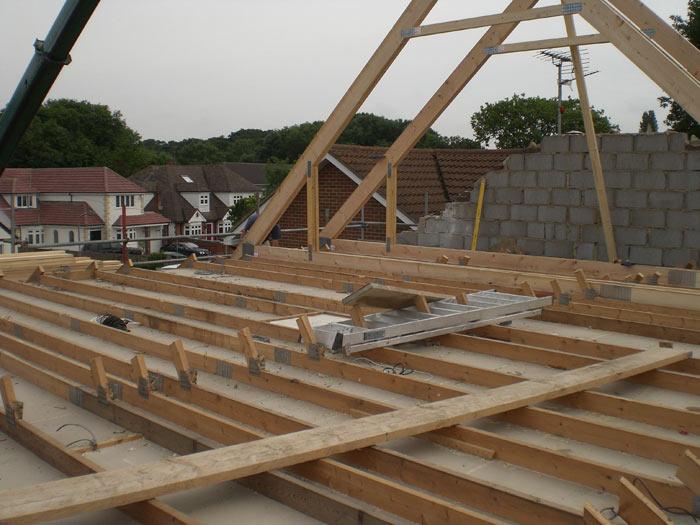 Roof frame assembly